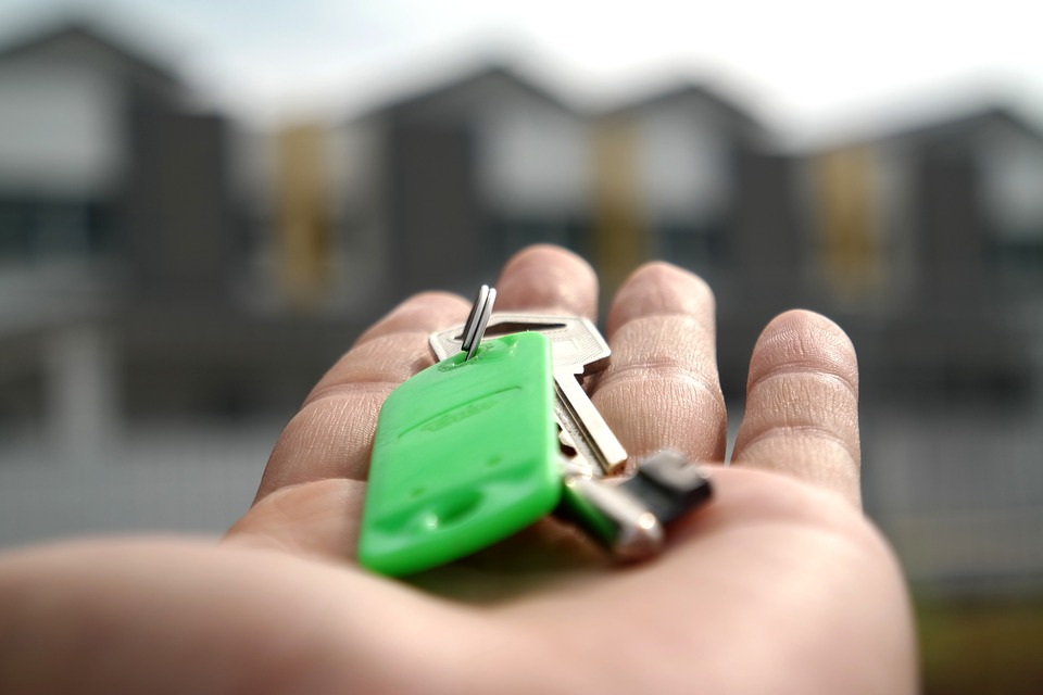 http://propertyprofessional.co.za/5-things-agents-wish-clients-knew-about-buying-off-plan/