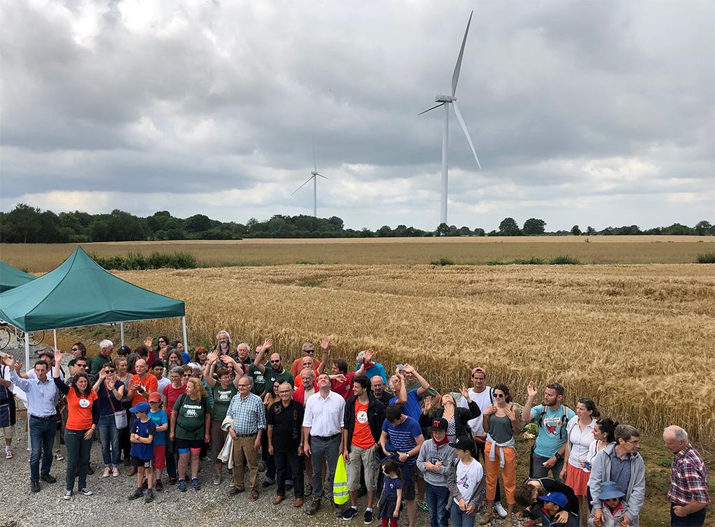 80 personnes étaient présentes pour célébrer les éoliennes citoyennes de La Chapelle-Montreuil