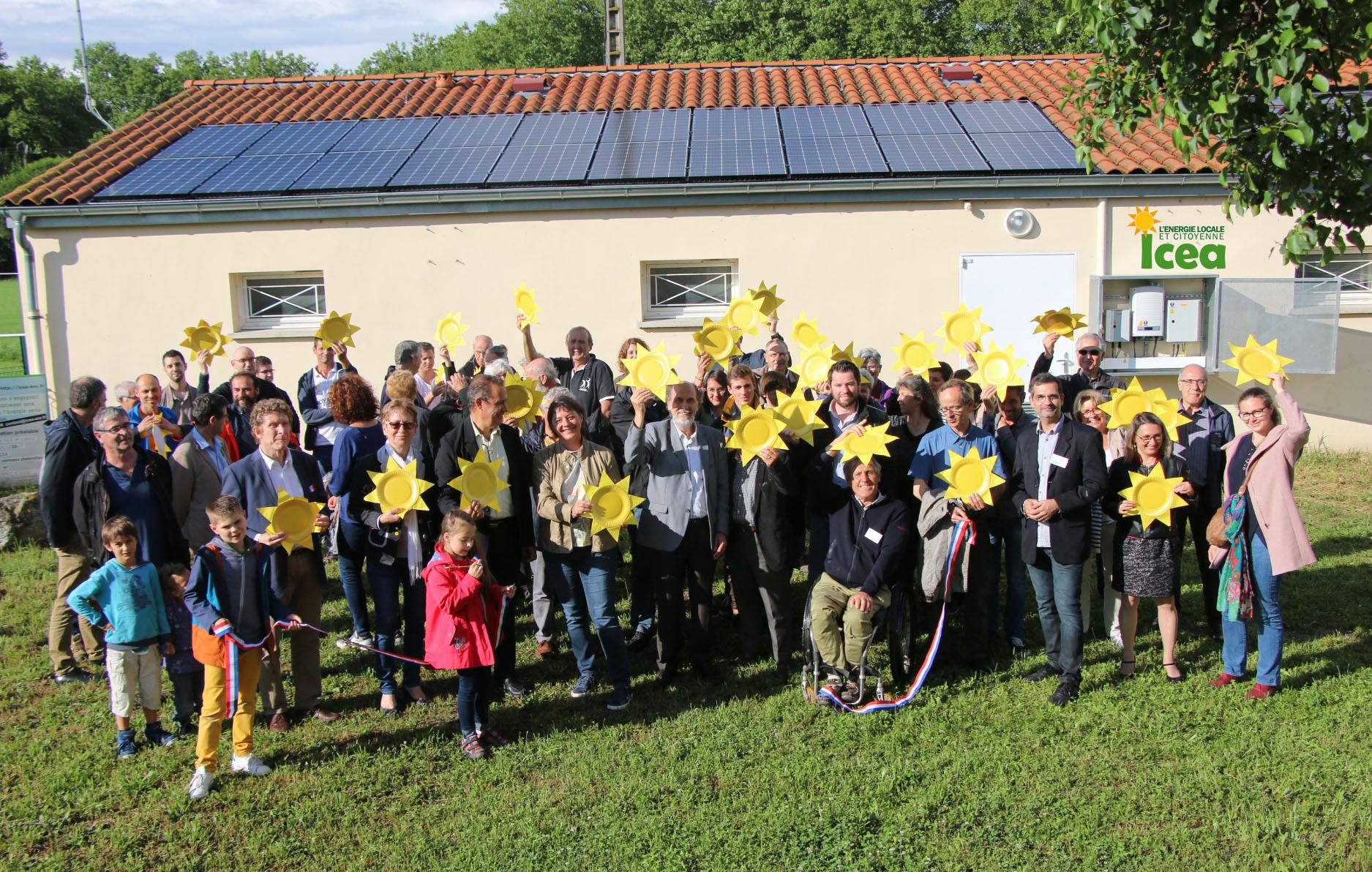 Les sociétaires d'ICEA EnR inaugurent près de Toulouse une des toitures de leur grappe solaire PV