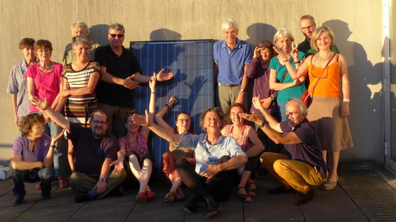 http://campaign-image.com/zohocampaigns/231356000009052022_zc_v31_electrons_solaires_collectif_800px_web.jpg