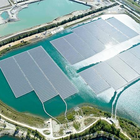 O'MEGA1, centrale solaire flottante à Piolenc