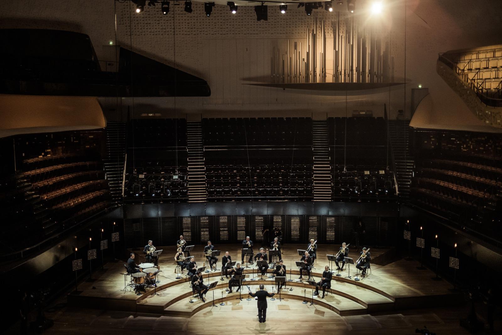Musiciens de l'Orchestre de Paris : Richard Wagner - Richard Strauss, concert donné sans public, dans la Grande salle Pierre Boulez le 27 mai 2020. Crédit : photographie de Mathias Benguigui. Cité de la Musique - Philharmonie de Paris.